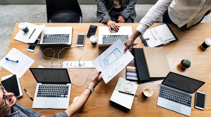ayuda redes sociales equipo creativo